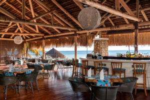 Maison et Jardin Magazine: Anantara Bazaruto bar
