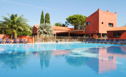Maison et Jardin Magazine vue générale du camping avec piscine