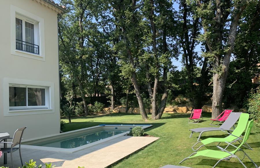 Maison & Jardin Magazine Un moment privilégié en Provence dans une des trois maisons Perier Provence