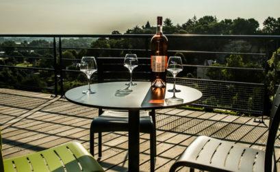 Maison & Jardin magazine déguste les vins bios du Domaine de Rocheville