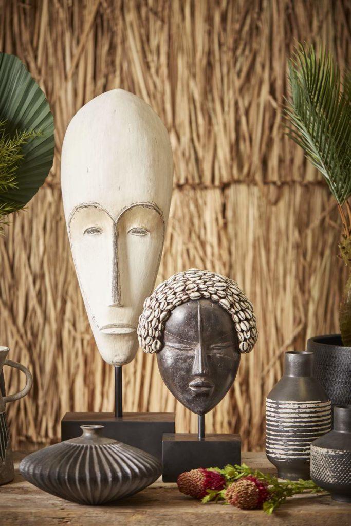 Masques ethniques en céramique
