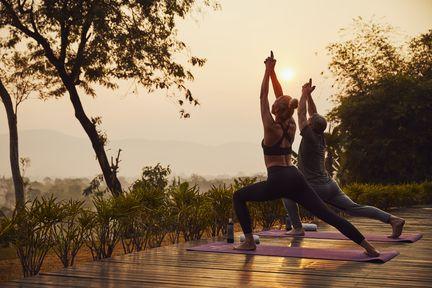 Cours de yoga à l'hôtel Anantara Golden Triangle Elephant Camp & Resort