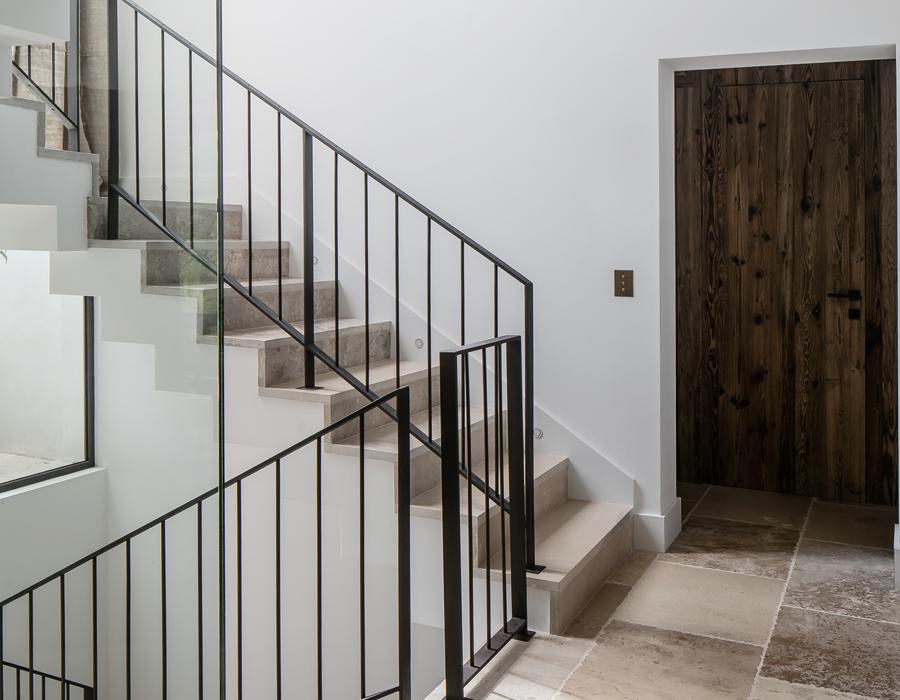 les escaliers de la villa contemporaine Casa Vara