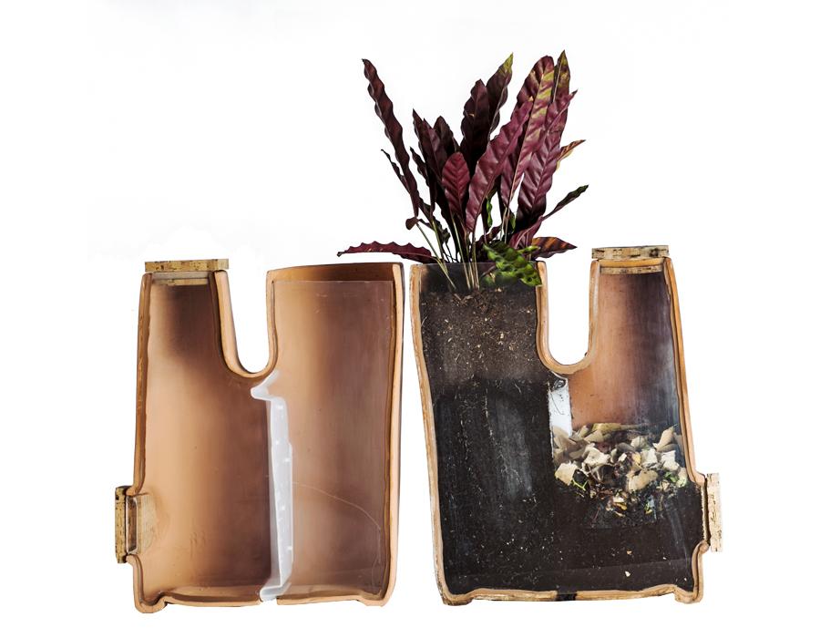 Intérieur du pot de fleurs composteur Transfarmer