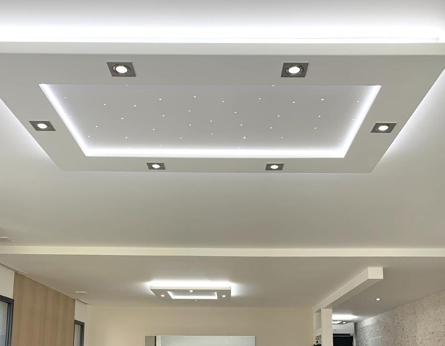 Le plafonnier LED Luminnove en blanc