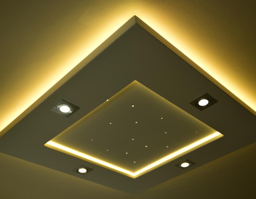Le plafonnier LED Luminnove en jaune