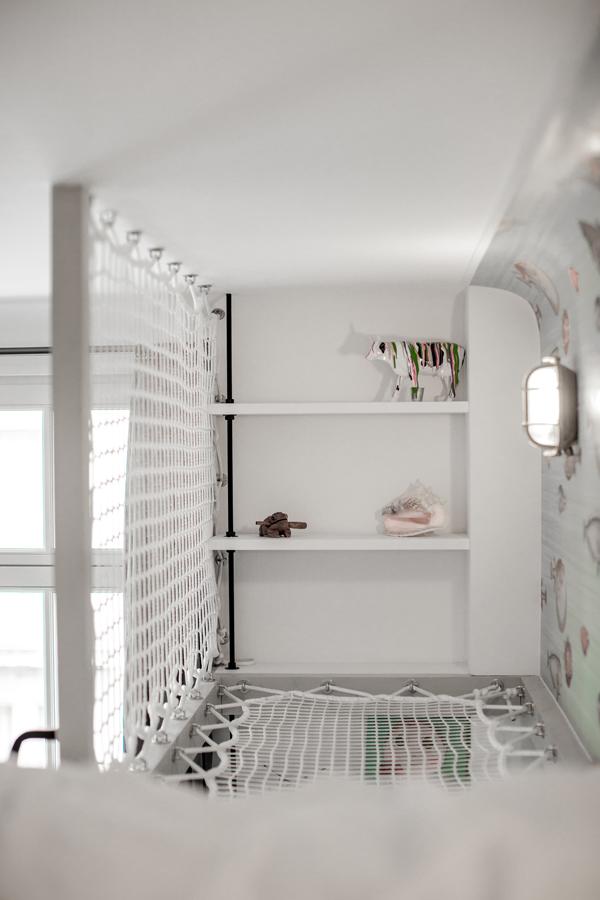 Filet déco dans une chambre d'enfant par Loftnets