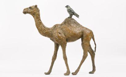 sculpture dromadaire avec oiseau sur la bosse