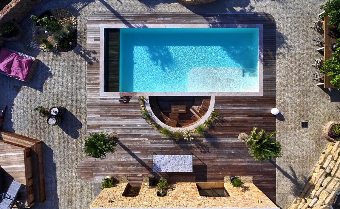equipements de piscine vue du ciel