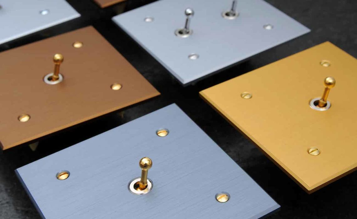 Plaques d'interrupteurs de luxe par Belatec